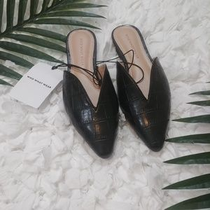 Who What Wear Black Mule Slides- New
